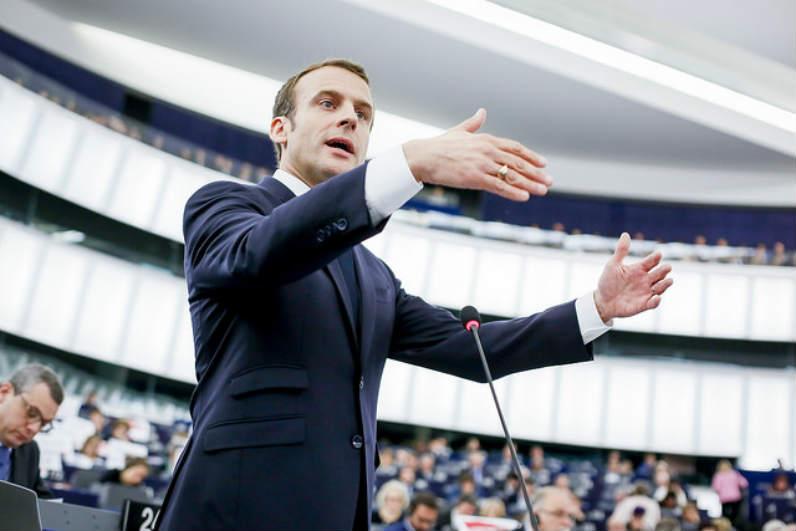 Qui est le président de la République, Emmanuel Macron?