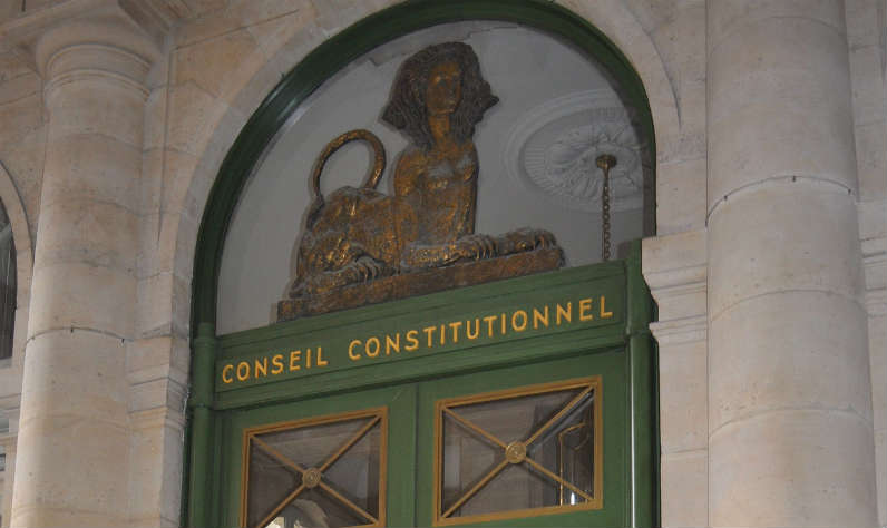 Comprendre la politique en France: qu'est-ce que la constitution?
