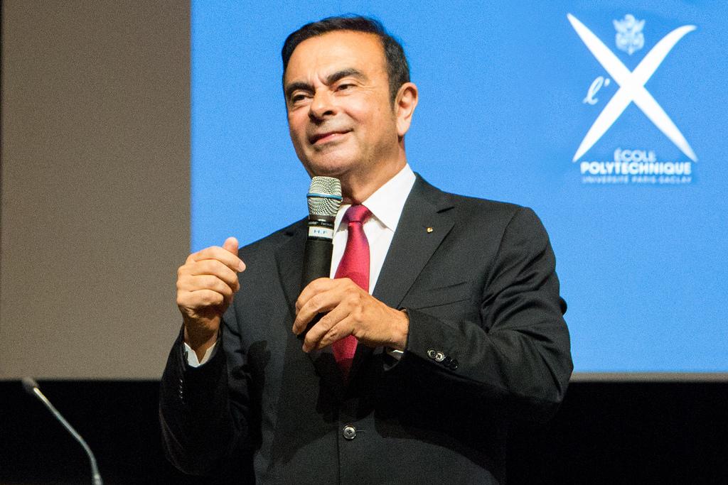 Pourquoi Carlos Ghosn a-t-il été arrêté?