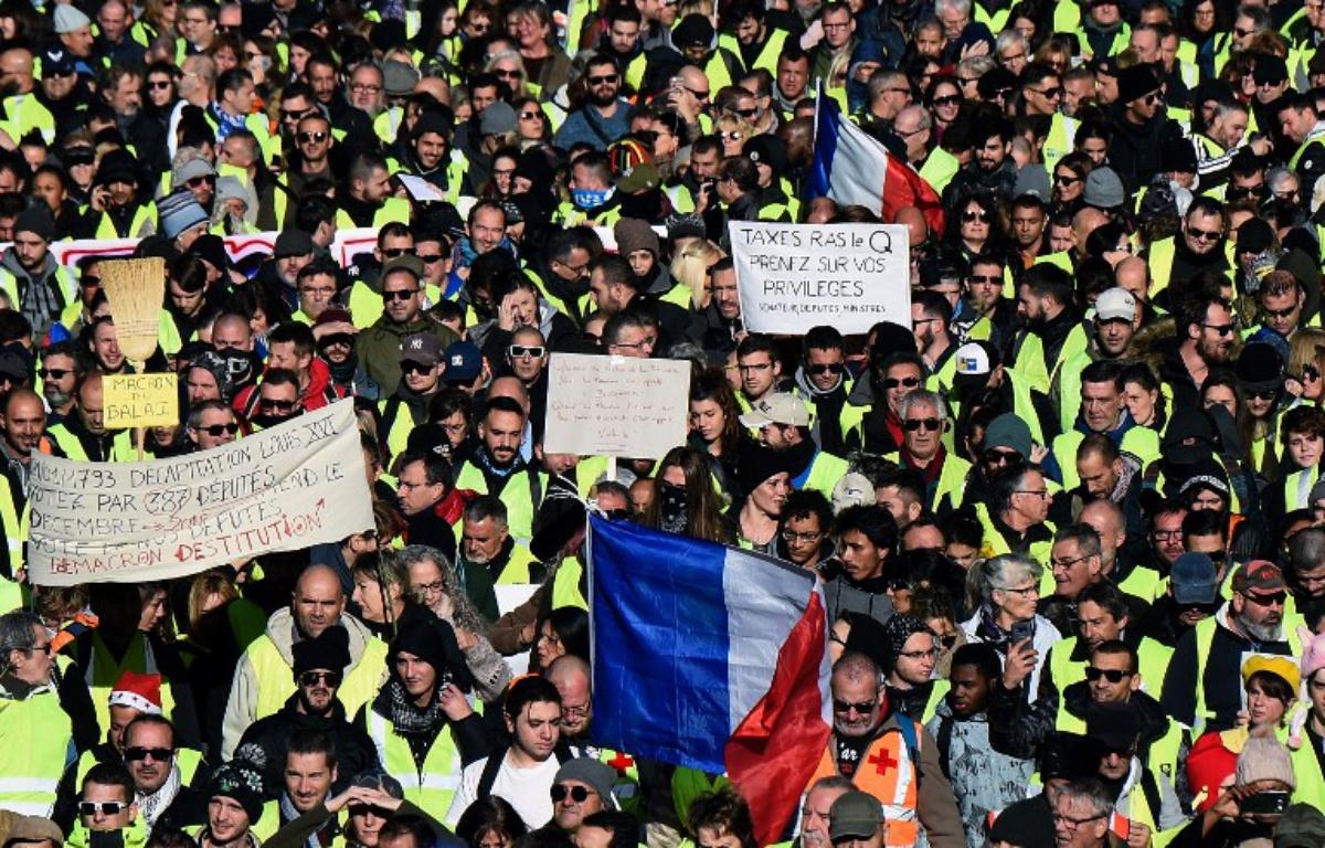 Que faut-il penser des mesures prises par Emmanuel Macron en réponse aux gilets jaunes?