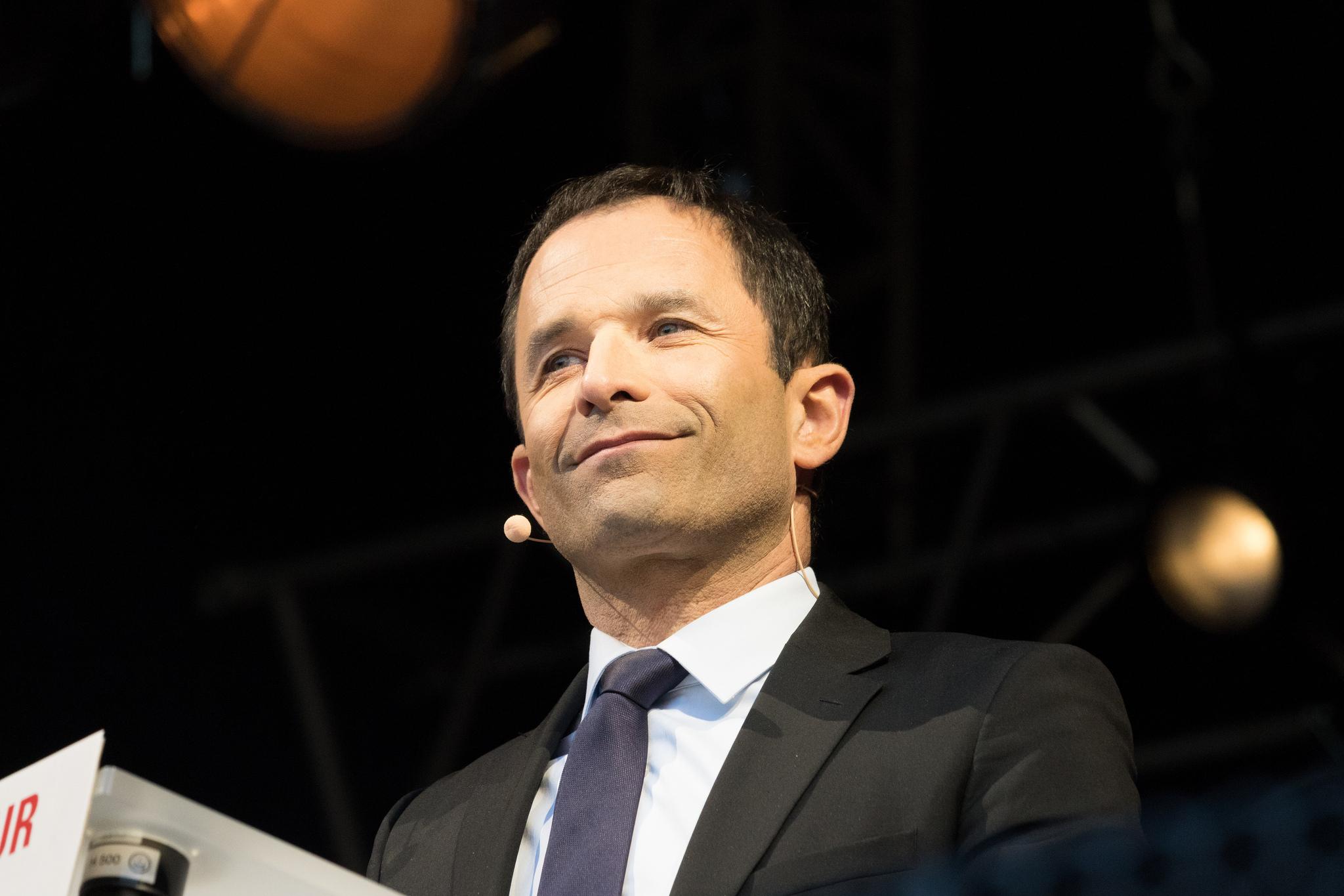 Benoît Hamon présente sa liste pour les européennes