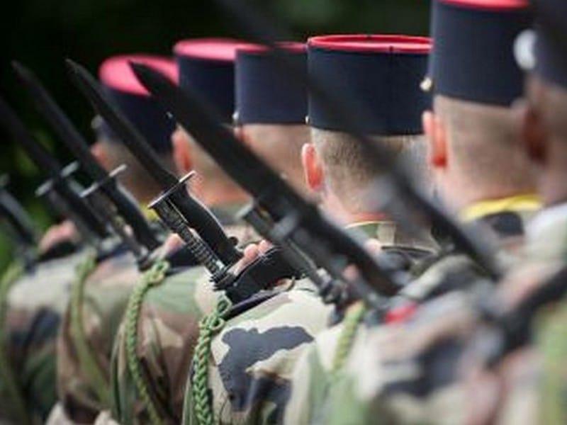 Quand nos politiques parlent de leur service militaire